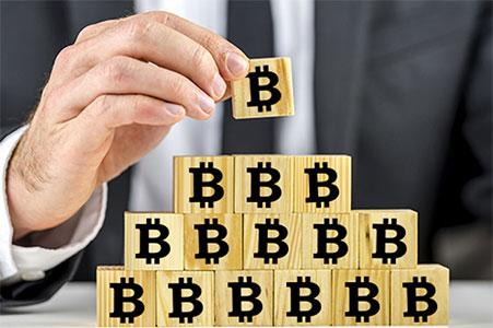 bitcoin finansovaya piramida